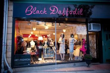 black daffodil